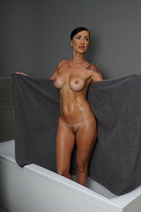 Hot steamy MILF taking a bath and off to bed