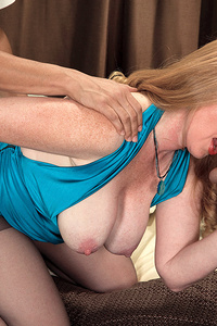 Horny, tongue-flicking mom satisfies two young studs