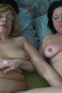 Old and young lesbians scream while masturbating hard