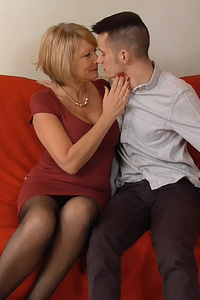 Old blonde woman gets young dick