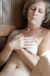 Old lesbian granny masturbate on a wooden chair